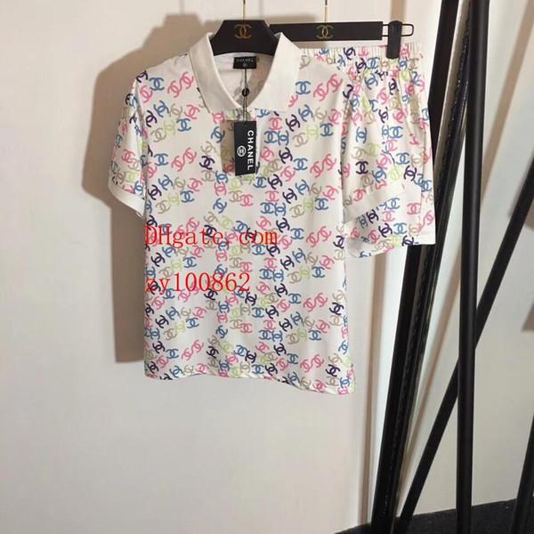2019 Sıcak satış kadınlar iki parçalı şort setleri Baskılı yaka harfler marka kadın giyim yüksek kalite iki parçalı kıyafetler T-Shirt eşofman