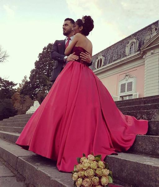 2019 A linha vestido de noiva vinho vermelho Celebrity vestido de baile de veludo querida vestidos de noiva de cetim até o chão vestido de casamento