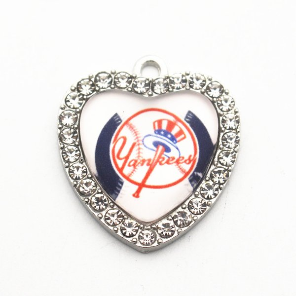 New Arrival 10pcs/lot York Yankees Baseball Team Metal Heart Crystal Glass Silver Dangle Charms For Pendant Necklace