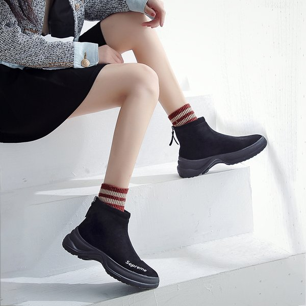 2019 Zapatos gruesos superiores superiores retro retro botas estilo británico de cabeza redonda de encaje botas de motocicleta