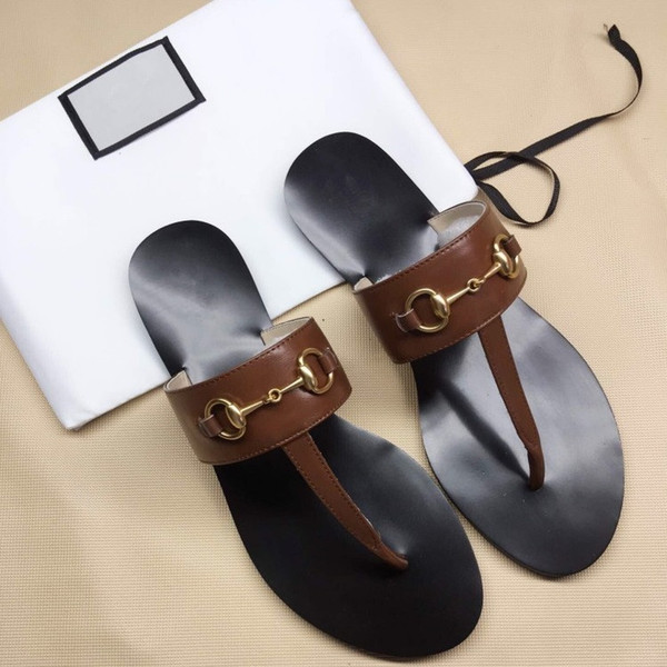 Toe slippers Designer gBrand Luxury Leather flip flops fashion beach sandals Metal chains Flat Heel Casual Women Designer Sandals