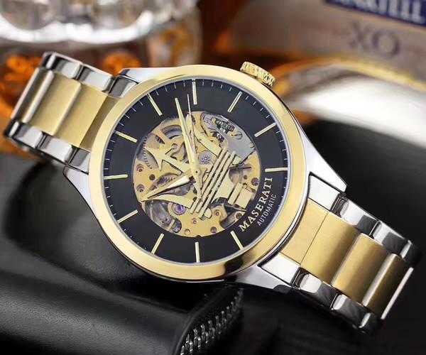 Top squelette Marque Montre de luxe automatique automatique Auto-vent mécanique Wristwatch pleine en acier inoxydable Complet Haute Qualité Montres
