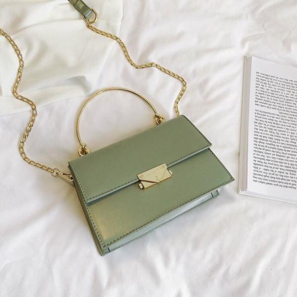 2019 Leisure fashion ladies bag Womens handbags Single shoulder oblique straddle bag Canvas Metal lock Women Shoulder Bags Small Totes S780