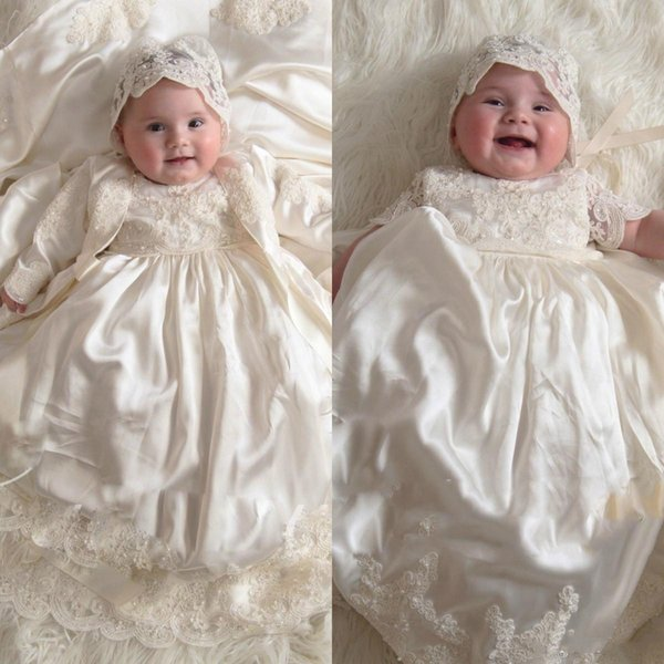 Vintage 2019 Long Sleeve Flower Girl Dress For Baby Girls Lace Appliqued Pearls Baptism Dresses First Communication Christening Gowns