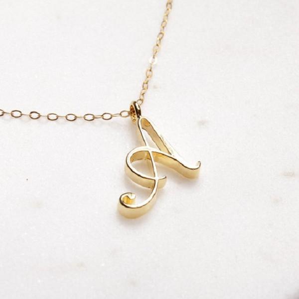 Gold A-T minimalista tutto 26 inglese Famiglia amico Nome piccola lettera segno pendente col monogramma collana Engagement Alfabeto iniziale
