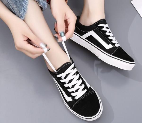 Venda quente Sapatos de Lona Clássico Branco Preto Marca Tênis Para As Mulheres Dos Homens Low Cut Skate Sapatilhas Casuais 35-45