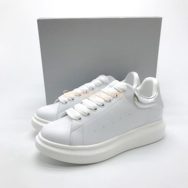2019 Lüks Tasarımcısı Kadın Sneakers Bayanlar kızlar Deri Flanş Wrap Rahat Ayakkabılar Klasik Balck Saf Beyaz erkek bayan ayakkabı