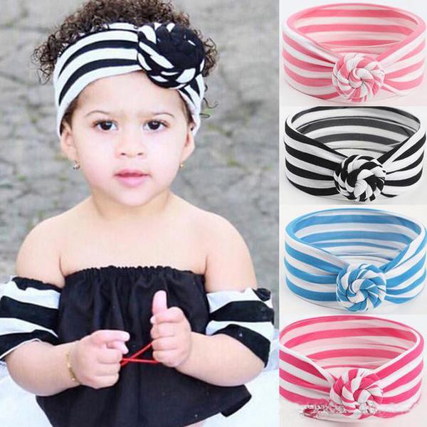 Симпатичный полосатый узел оголовье для новорожденных девочек повязки на голову тюрбанские повязки для младенцев с перекрестным передним ободком для волос фтография