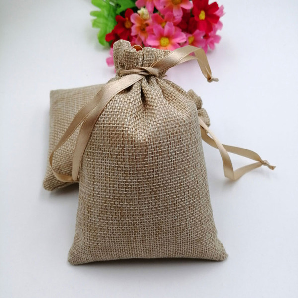 50 stücke RUIHAOYU Natürliche Sackleinen Kordelzug Geschenk Taschen Jute Geschenk Süßigkeiten Verpackungsbeutel Hochzeit Gunsten Beutel Baby Shower Supplies