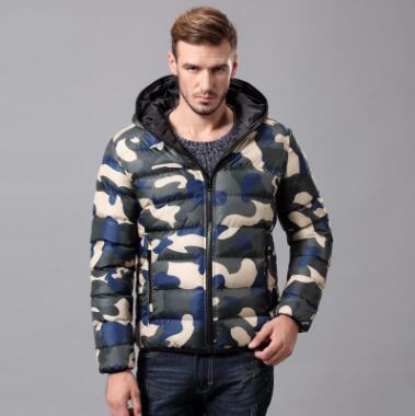 New Winter Men Warm Cotton Camouflage Abbigliamento con cappuccio Moda Parka Casual Tuta sportiva Capispalla femminile