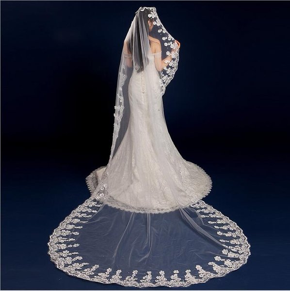 Ivory White Long Lace Appliqued Crystal Beaded Wedding Veils In Stock Country Church Garden Bridal Veil Bridal Accessories