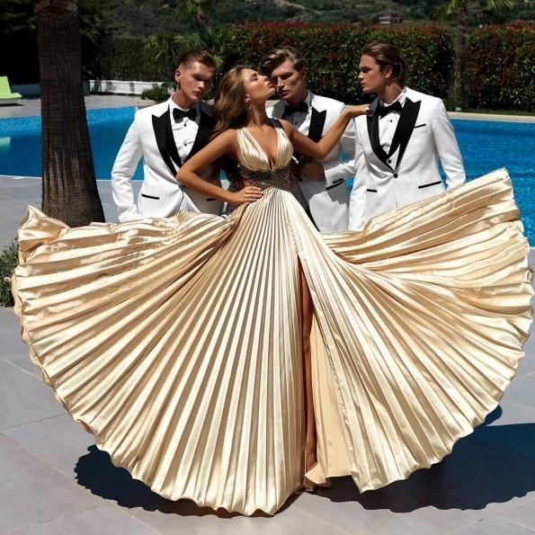Modern Sexy 2019 Dividir Rugas Vestidos de Baile Vestidos de Noite de Ouro A Linha V Profundo Decote em V Pescoço Longo Ocasião Do Partido Vestidos 2169