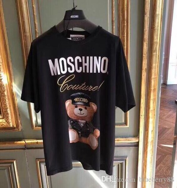 Tipo de moda Streetwear Marca tee Hombres Mujeres Anime Figura de acción Patrón de impresión de la camiseta de las mujeres Cuello redondo oso Logo Loose Girl Tees