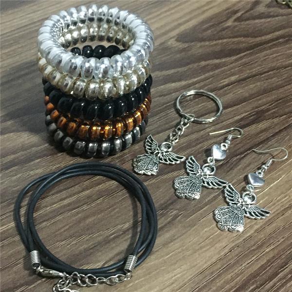 Donne Angelo Bless Jewelry Set Collana Orecchini Bracciale Keychain Alta elasticità Cavo telefonico Hairband Finding di gioielli utili