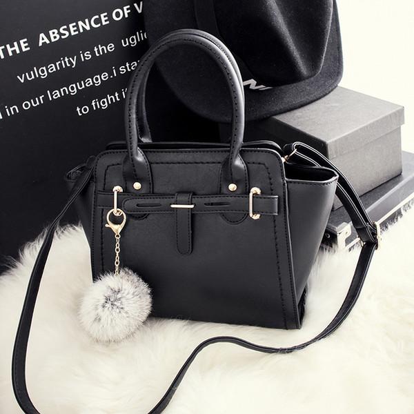 2019 hot designer handbags spring new simple European and American fashion platinum bag ladies hand bag shoulder Messenger bag for traveling