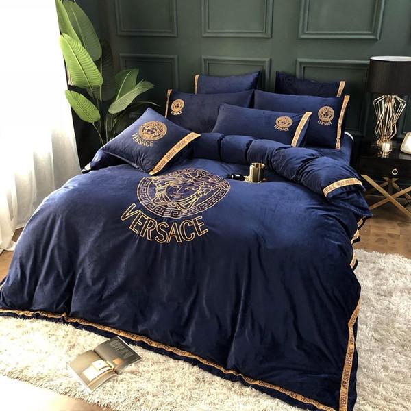 Artículos de cama suave de algodón Sistemas del lecho 18 Flor colorido de la letra funda de edredón funda de edredón Ropa de cama Breves