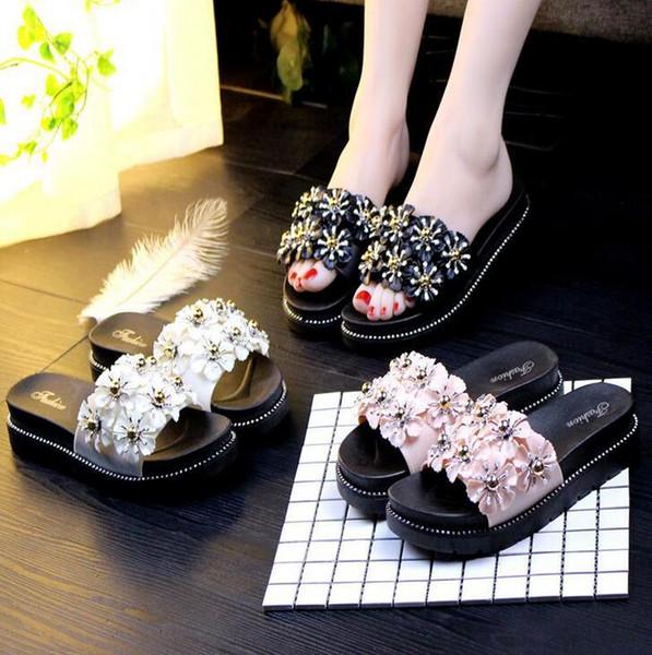 2019 chinelos femininos fragrância plana verão sapatos de plataforma antiderrapante fundo macio sandálias e chinelos palavra design da marca