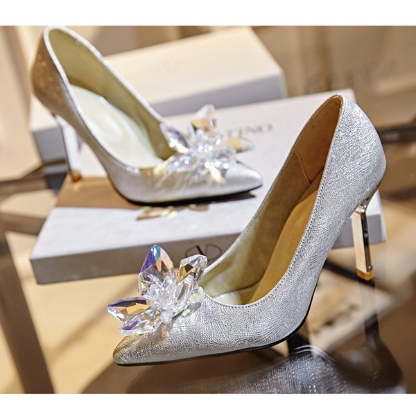 2019 New Fashion women Top Grade Cinderella Crystal Shoes Bridal Rhinestone Wedding Shoes With Flower Genuine Leather Big Small Size 33 to43