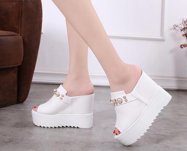 el más nuevo 39707 8cf41 Compre Zapatillas De Verano De Tacón Alto Para Mujer Nuevas Sandalias De  Cuña Blancas De Tacón Alto Con Cuña 2019 Zapatillas De Mujer Con Fondo  Grueso ...