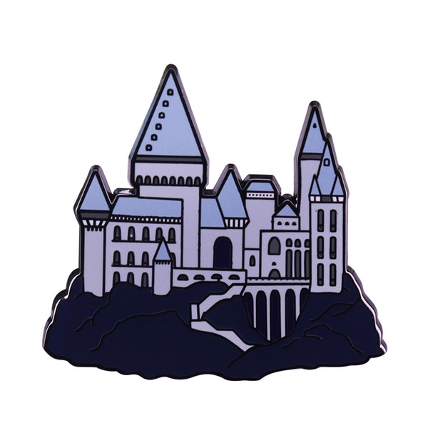 Magic castle badge Hogwarts pin wizard Harri Potter fans flair addition