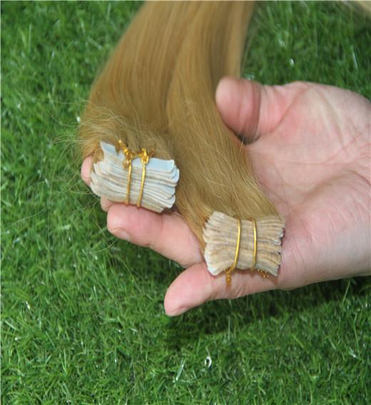 Goldblondes Farbband in menschlichen Haarverlängerungen 10-30 Zoll brasilianische gerade Haarverlängerungen 6a Hauteinschlaghaarverlängerungen