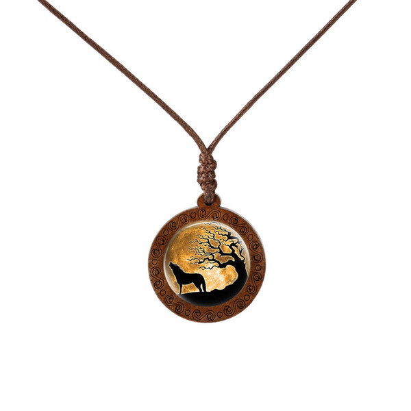Fashion Jewelry 2019 New Trendy Wooden Glass Cabochon Necklace Wolf Moon Necklace Fashion Accesssories Chain Jewelry For Men Women Gift