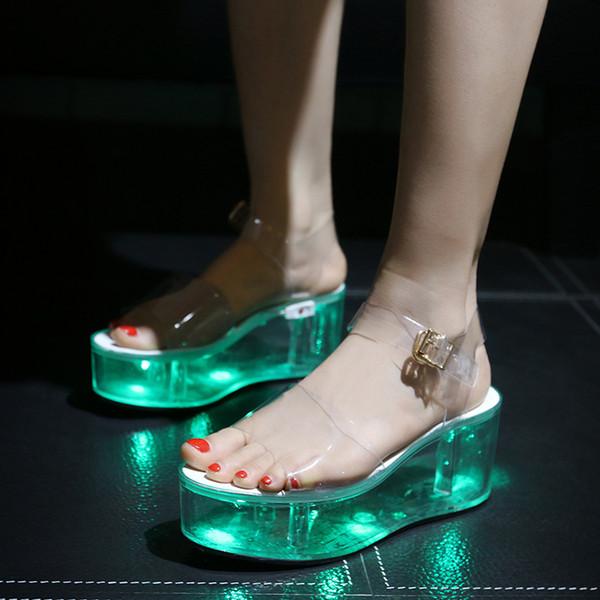 LED-Leuchten für Damen Charged Platform Clear Transparent Crystal Sandals Keilabsatz Slingback Ankle Buckle Schuhe A437