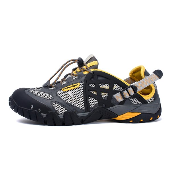 Calzado antideslizante clásico Zapatos de zueco de jardín Natación Zapatilla de playa de verano Sandalias al aire libre Hombres Aqua Agua Arena Zapatos de mar Big Plus Size 47
