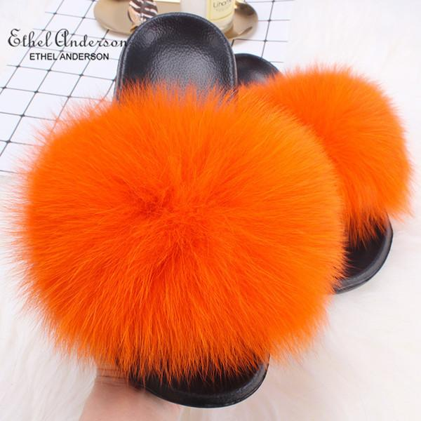 Fourrure de renard orange