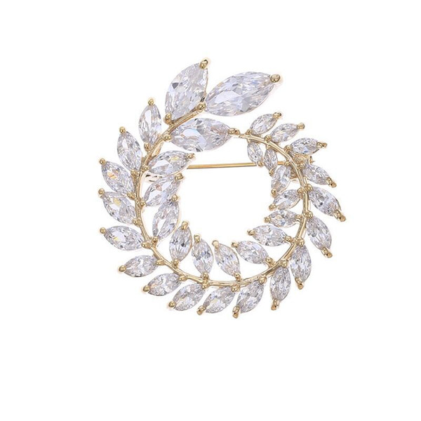 MGFam (062H) Full CZ Flowers Brooches For Women Cubic Zircon Gold Plated 18k / White