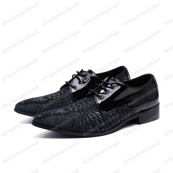 2019 Mocassins De Couro genuíno Homens sapatos de couro Apartamentos Masculinos Homens De Metal Dica sapatos de Casamento