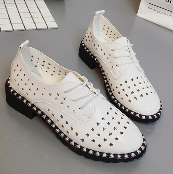Yeni moda kadınlar dantel-up rahat ayakkabı oymak Zapatillas Mujer rahat nefes bayan ayakkabıları boyutu 35-40