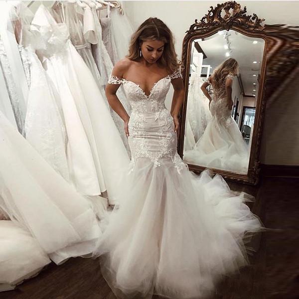 258875da1bb Гламурное кружевное платье с открытыми плечами и спиной Аппликация Русалка Свадебное  платье белого цвета слоновой кости