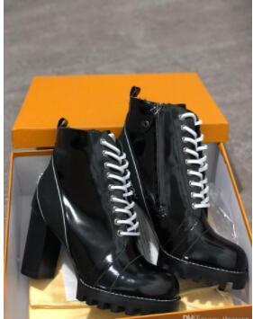 Las últimas botas de diseñador para mujer Martin Desert Boot flamingos Love arrow medalla 100% cuero real tamaño grueso US5-11 Zapatos de invierno v7