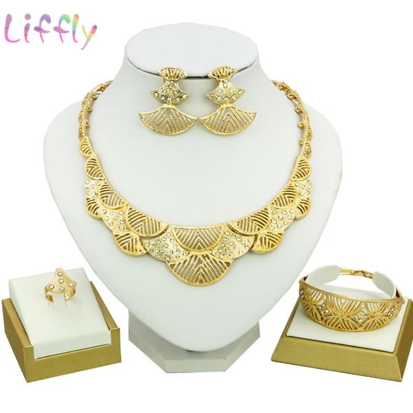 Conjuntos de joyería de Dubai Conjuntos de joyería nupcial femenina Cristal de media luna Collar Pendientes Pulsera Moda chapado en oro