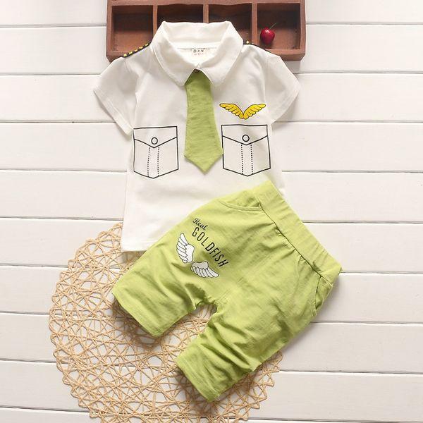 Kalite Yeni erkek giysileri kısa kollu T-shirt + şort 2-piece set O-Boyun Küçük kravat erkek giyim seti bebek çocuk giyim