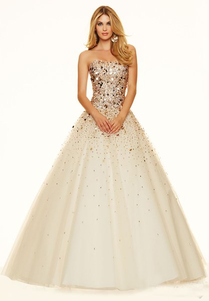 Prom Dresses Champagne skirt multi-layer net heavy handmade dress with heart-shaped collar on the back and sparkling customized package