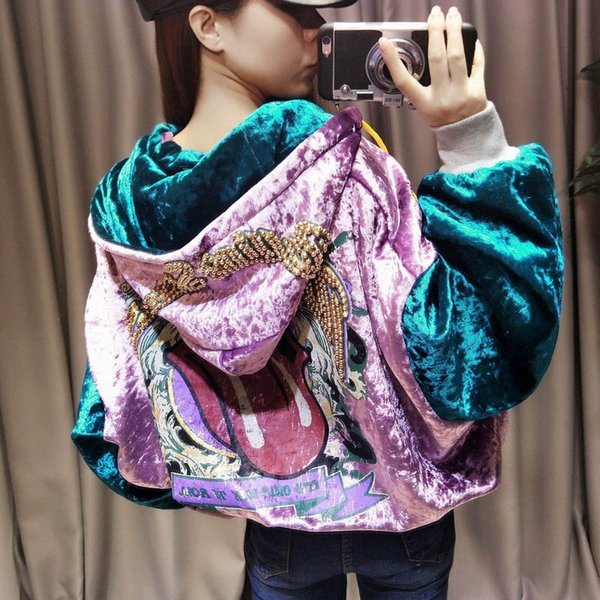 2018 Autumn New Harajuku Sequin Beaded Velvet Coat Women Streetwear Big Mouth Letter Printed Hooded Short Jackets Warm Outerwear