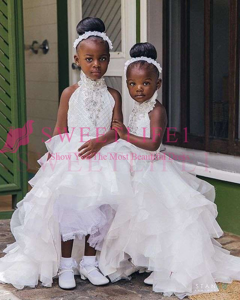 2019 Adorable Halter Neck White Flower Girls Dresses Beaded Crystal Hi Low Ruffles Organza Tiered Skirts First Commuion Dresses Girls Pagena