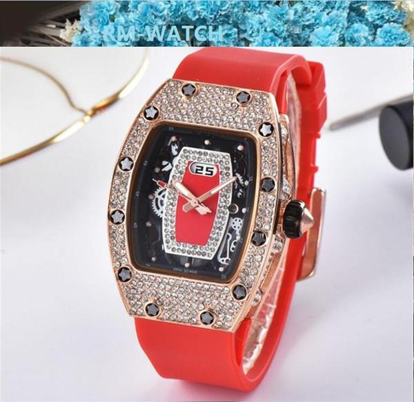 2020 Горячая женщина вещь Часы Rhinestone кварцевые часы алмазов Женские часы каучуковый ремешок женщин Кварцевые часы
