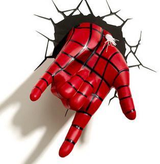 örümcek Adam eli