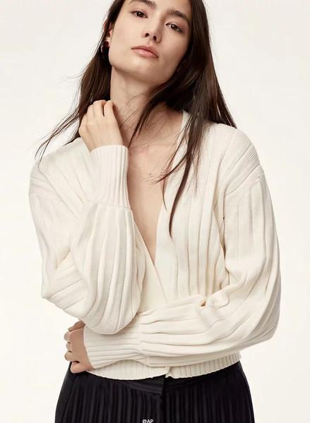 Cuello en V de manga larga para mujer Sólido Frente abierto Drapeado Suéter de punto Cardigan