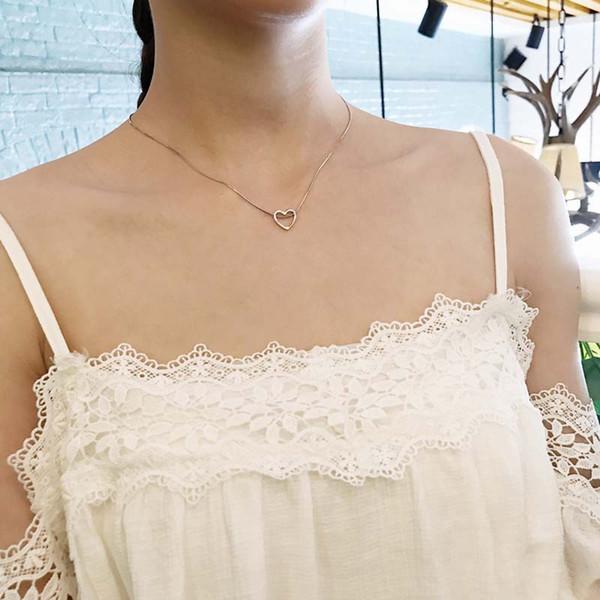 S925 collier en argent massif européen et américain très simple chaîne de la clavicule féminine ronde pendentif anti-allergie ne se décolore pas