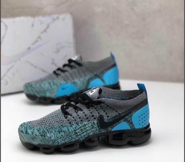 Designer Shoes 2019 New Fashion Kids Teenager Sneakers Casual Striped Running Shoes Luxury Breathable Mesh Sneakers Boy Girls.