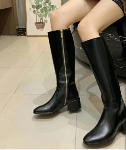 2019 Diz Yüksek Kadınlar Yarım Çizme Siyah Kahverengi Chunky Düşük Topuklar Moda Kovboy Çizmesi 35-40 Boyut Sonbahar Kış Kadın Moda Ayakkabılar JJ