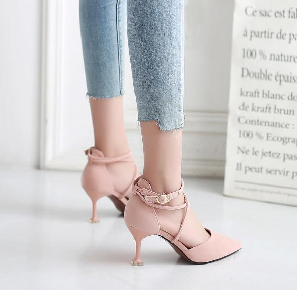 Замша 2019 одиночные ботинки женской моды сплошной цвет низкий, чтобы помочь женской обуви весной новые заостренные высокие каблуки