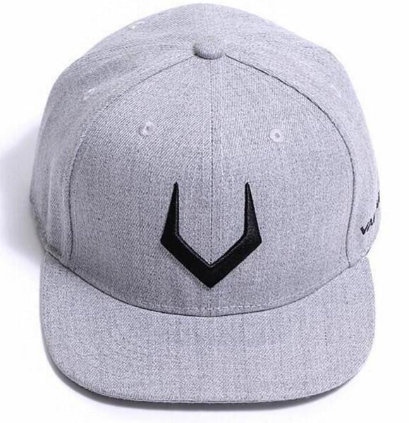 패션 놓은 앤틀러스 V 편지 힙합 모자 남성과 여성 모자 커플 하라주쿠 스타일 야구 모자