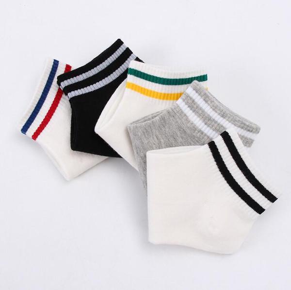 10 Çift / grup Kadın Çorap 3 Desenler Çizgili Numarası 23 Meyve Kadın için Ayak Bileği Çorap Moda Çorap Terlik