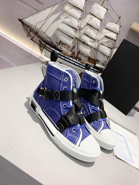 2020 HOT Paris Triple-S Designer Luxe Chaussures Top Triple S haute qualité Hommes Souliers simple de femme Outdoor Sneakers xr19120601