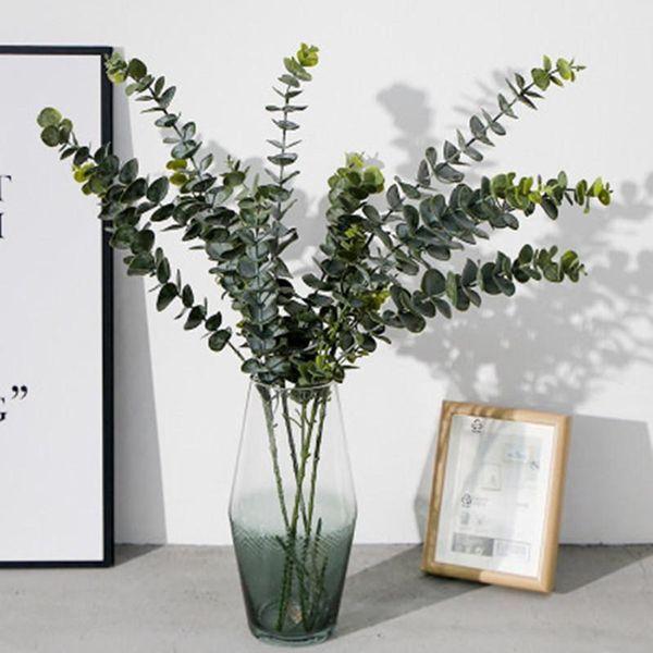 Plantes artificielles en plastique souple Eucalyptus Plantes vertes Décoration d'intérieur Faux feuilles des plantes de mariage Décoration Simulation Bonsai